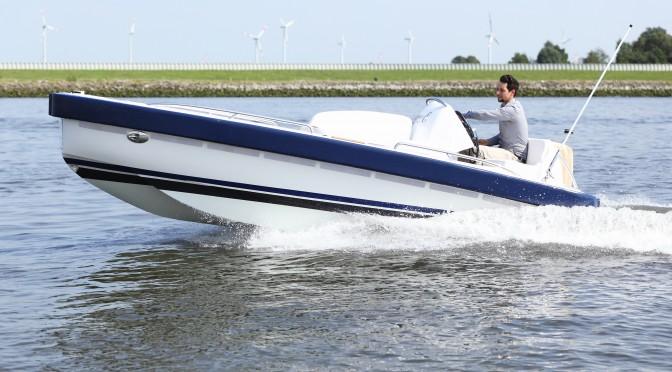 Crash Test Tender Boot von Yachtwerft Meyer